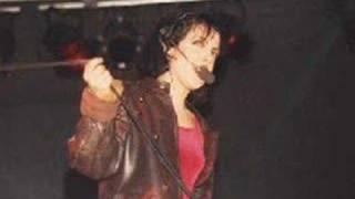 MATIA BAZAR - STASERA CHE SERA (LIVE 1988)