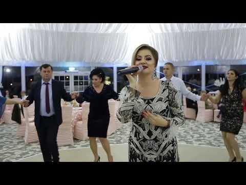 Colaj nou de sarbe live 2018 - Roberta Crintea