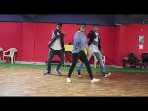 Proper Patola Official Video  Namaste England  Arjun  Parineeti  Badshah  Diljit  Aastha