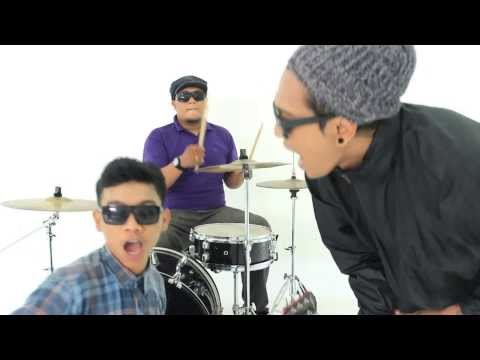 BRAVESBOY - CINTA ITU ASU  (OFFICIAL VIDEO) Mp3