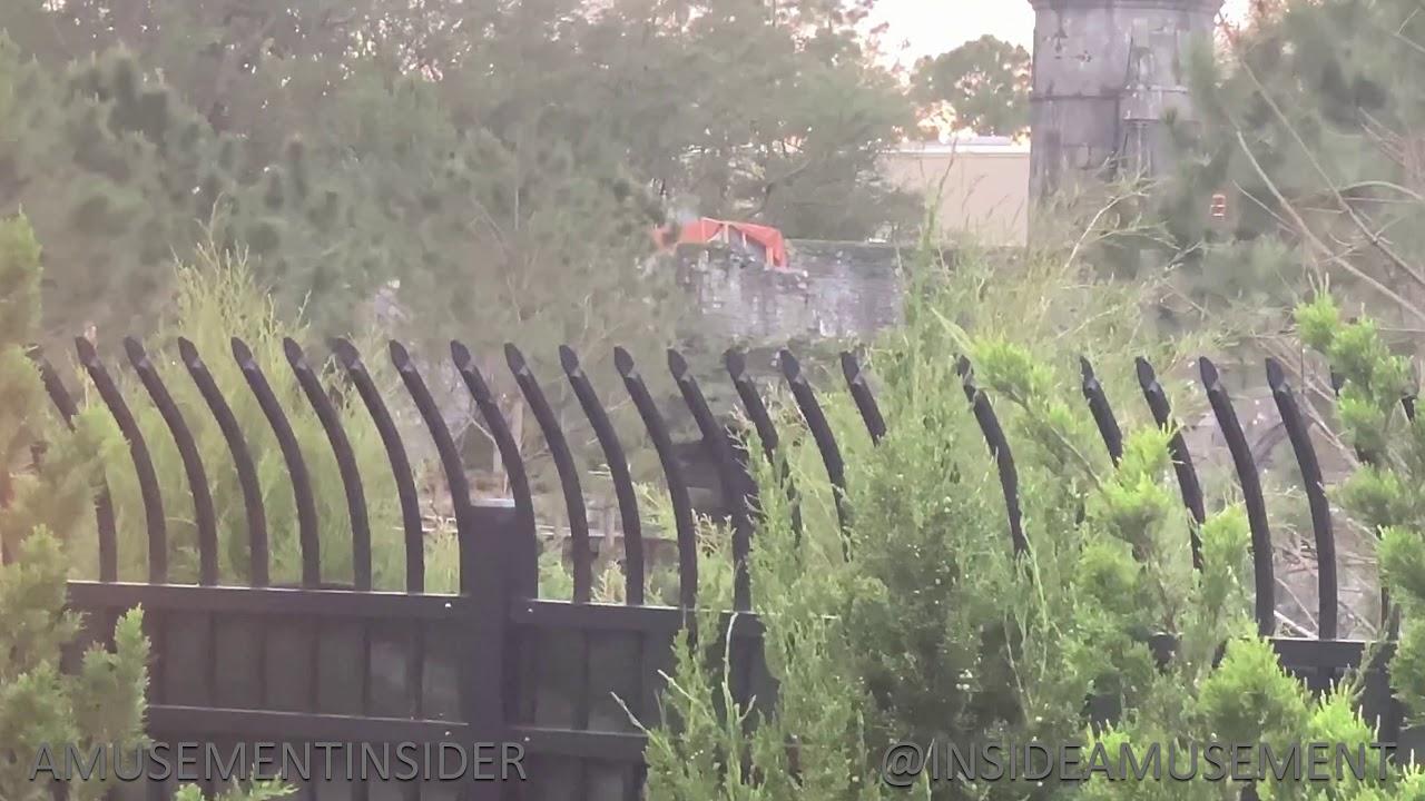 Hagrid's Motorbike Testing with Sound, People | Universal Orlando
