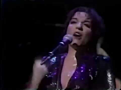 Liza Minnelli sings But The World Goes 'Round (Improved Quality)