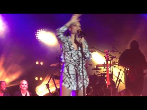Jessie J - You Don't Really Know Me @Haydock Racecourse (FULL) 08/08/14