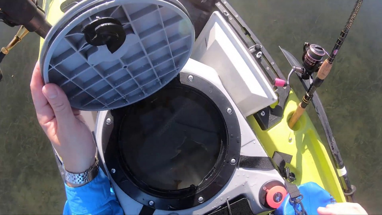 This TRICK is CRAZY Keeping Dinner ALIVE Hobie Livewell II Kayak Fishing  Hobie Outback 2019
