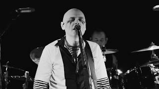 The Smashing Pumpkins - Solara (Live from the Troubadour)