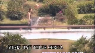Aliff Aziz - Sayang-Sayang (Karaoke)