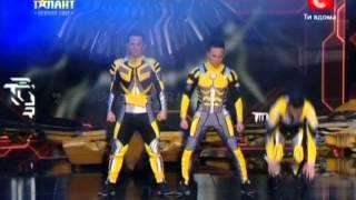Команда «Fantastic 4» «Україна має талант-5» Первый прямой эфир