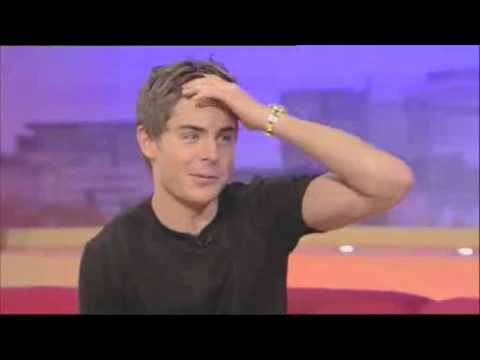 01 - Zac Efron | Baby when the lights go out