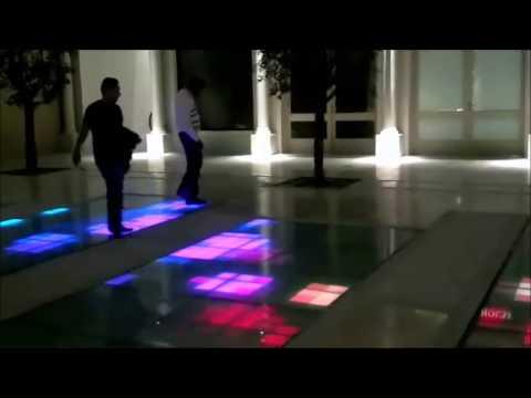 Kuwait Grand Avenues Shopping Mall. Soku area