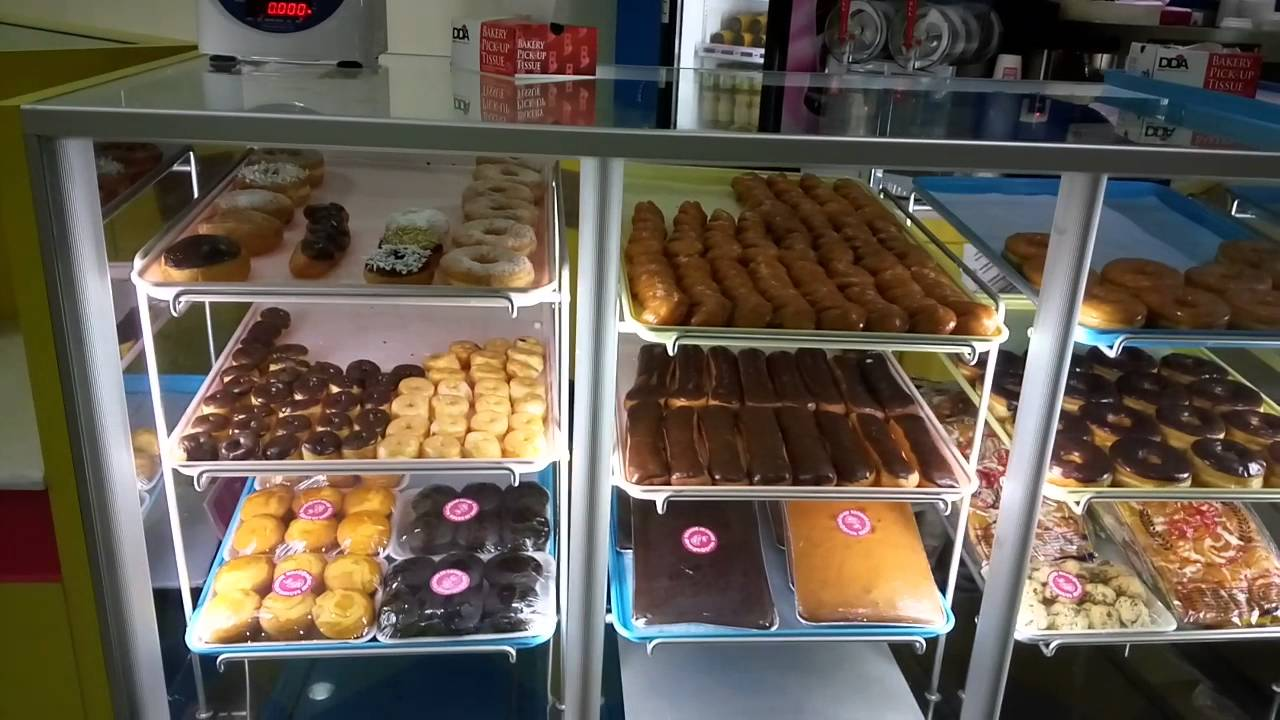 House Of Donuts Al Hassa Branch Kiosk Youtube