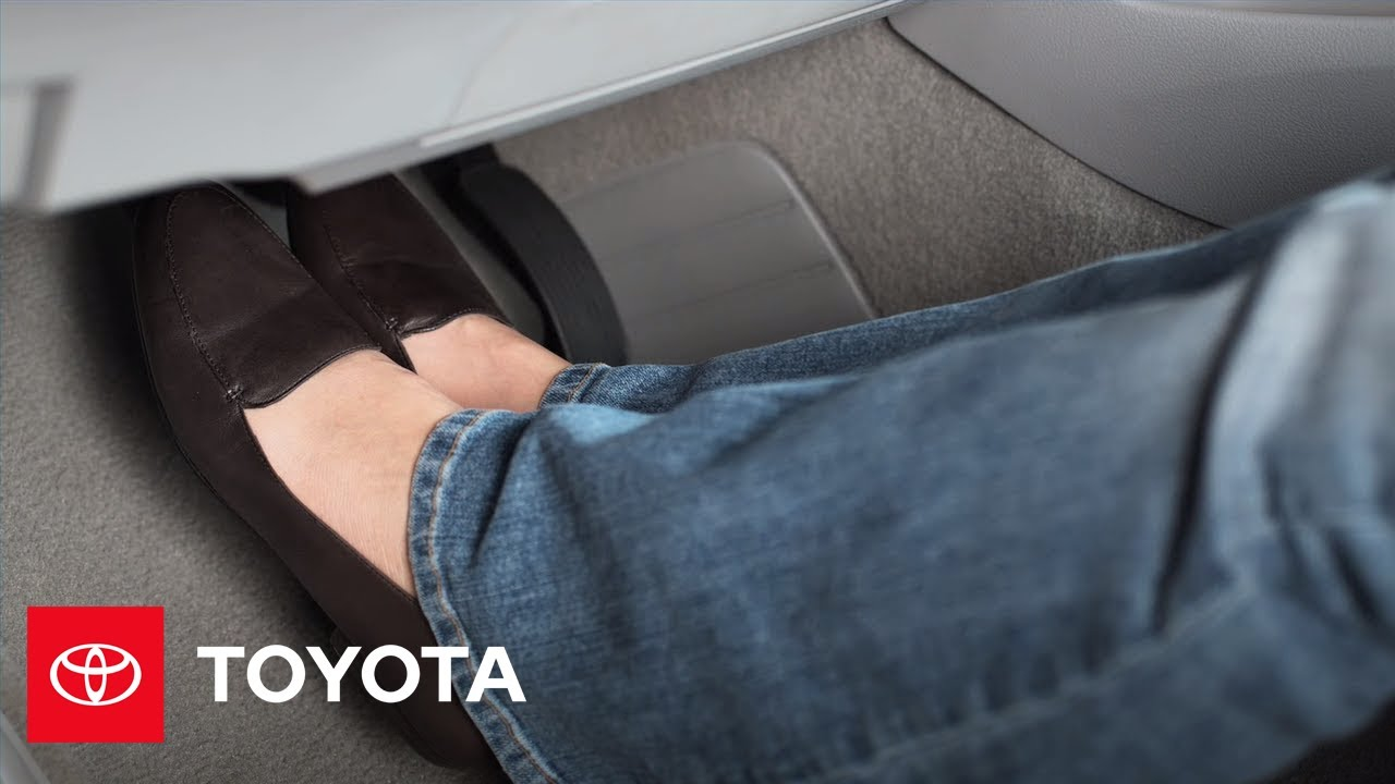 Stopping Procedure for sticking accelerator pedal | Toyota