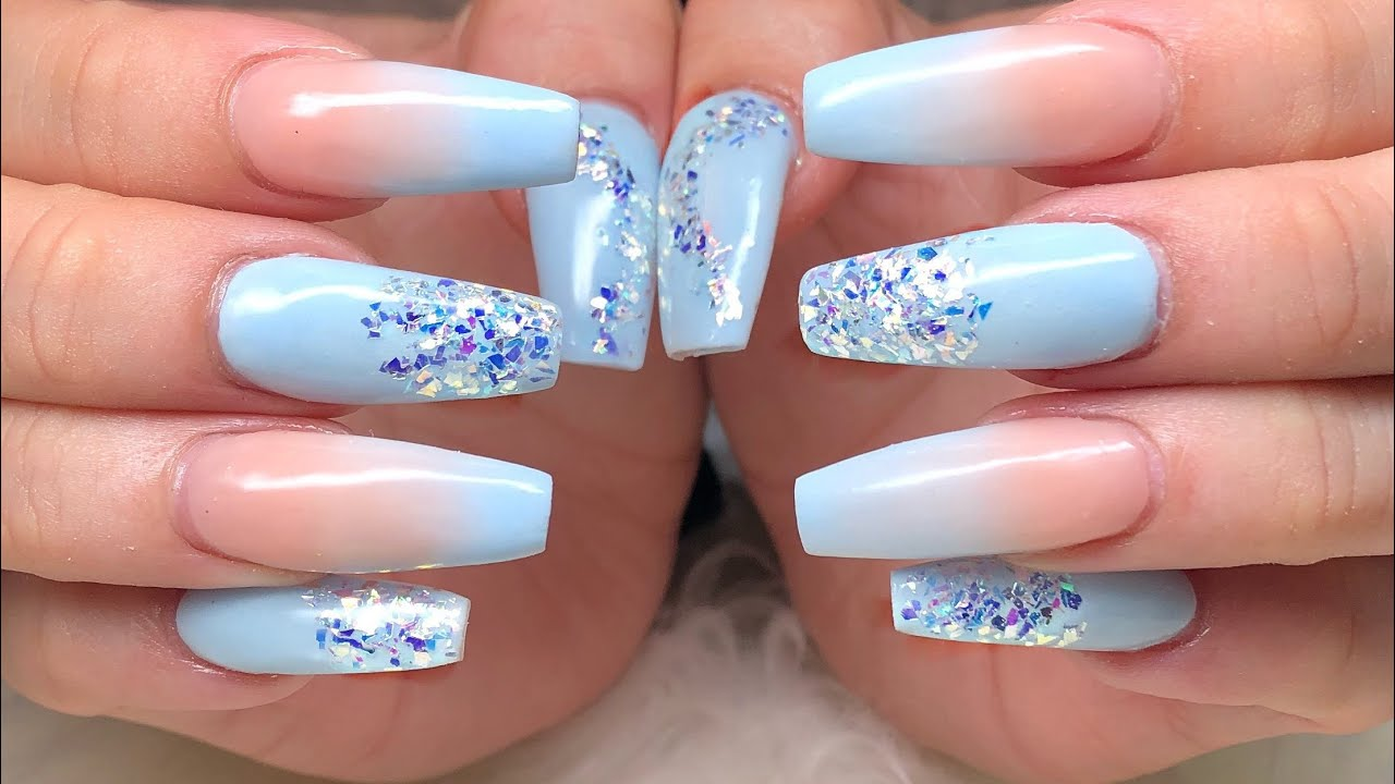 Frosty blue nail tutorial, nail tutorial winter colours