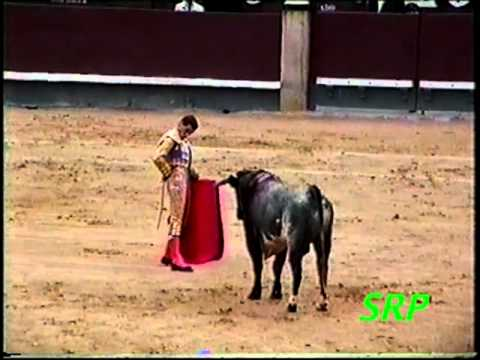 Worlds Most Dangerous Sports Events -- Bullfighting