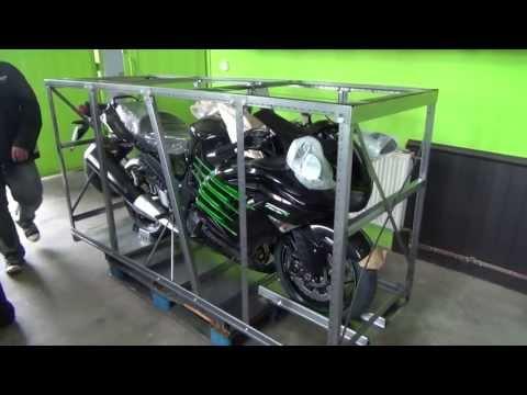 Unboksing Kawasaki ZZR 1400 Special Edition 2013 Pierwsze odpalanie zzr-y  [Moto Klinika]
