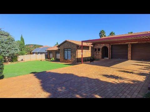4 Bedroom House for sale in Gauteng | Johannesburg | Johannesburg South | Glenvista | 4 |