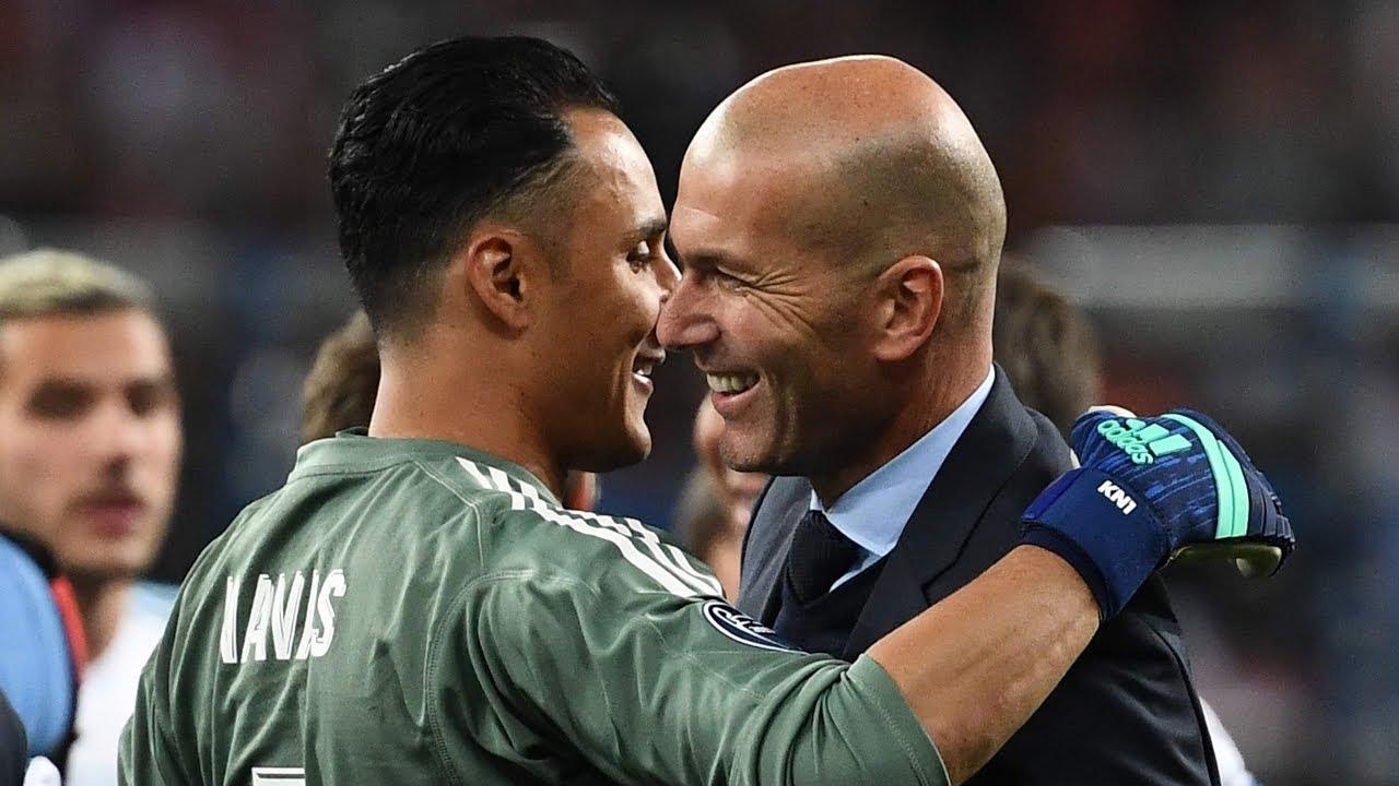 """Chủ tịch Perez thất hứa, """"khiêu chiến"""" Zidane"""