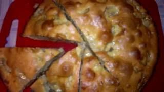 Пирог с бананами, домашний сыр