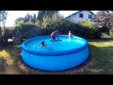 Truc a faire dans une piscine la vague youtube for Piscine la vague