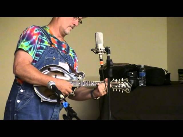 Mike Compton playing Tan Yards at the the Monroe Mandolin Camp 2012