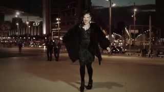 Смотреть клип Тина Кузнецова - Живу Улыбаясь