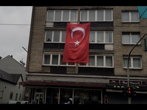 Lauren Southern: I thought I was in Germany… Turkey?