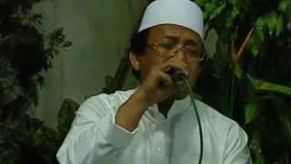 Video SEDIH H Muammar ZA - Bikin Semua Jama'ah Menangis LIVE Haflah Di Ponpes Ummul Qurro 2009 download MP3, 3GP, MP4, WEBM, AVI, FLV Oktober 2018