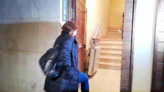 Armengol llega a la sede del PSIB para seguir la noche electoral