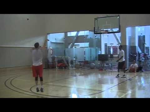 World Record Basketball 3pt shots made in 1 minute - David Nurse