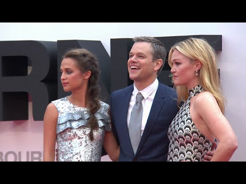 JASON BOURNE European Premiere Red Carpet - Matt Damon, Alicia Vikander, Julia Stiles