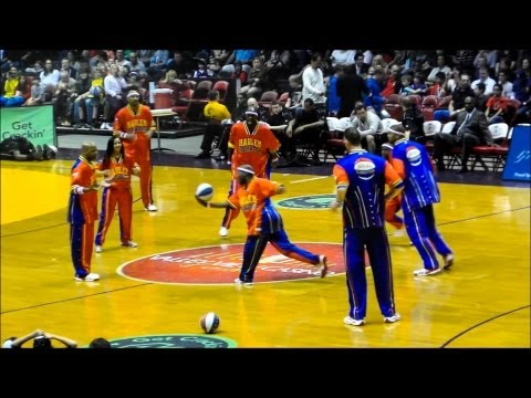 Harlem Globetrotters San Diego Highlights 2013 from YouTube · Duration:  32 minutes 56 seconds
