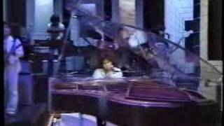 Time Travel : 原田真二(on the crystal grand piano) Videos De Viajes