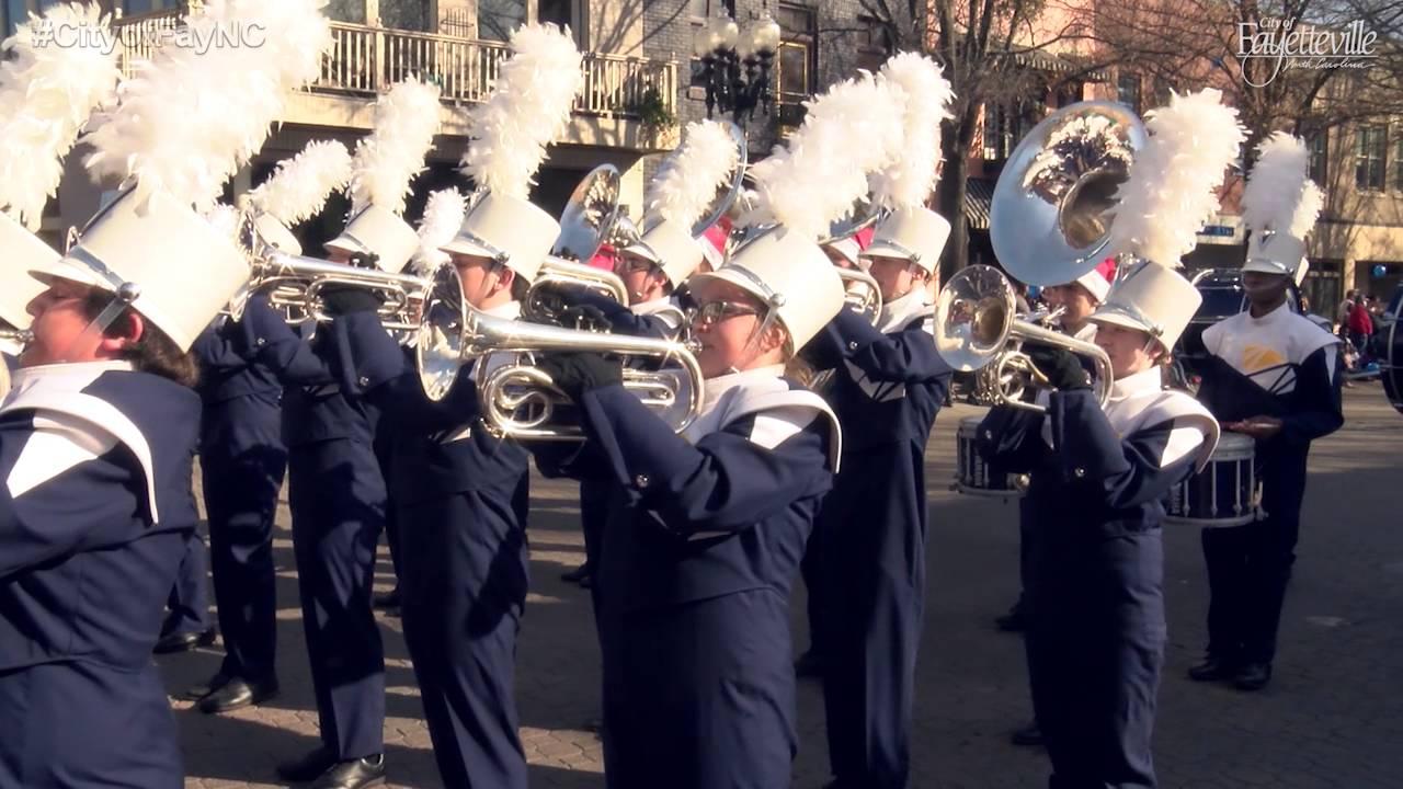 2015 Fayetteville Rotary Christmas Parade - YouTube
