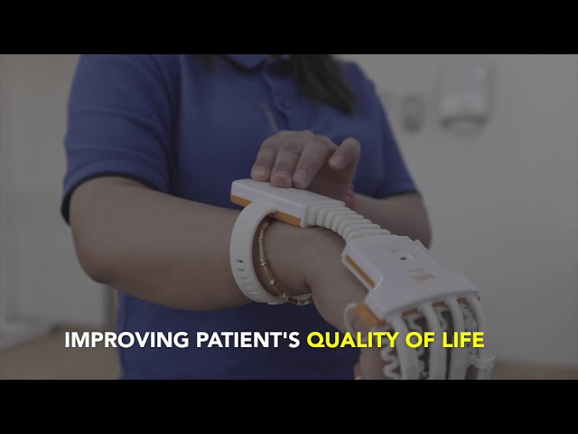 Smart Gloves - Thumbay Physical Therapy & Rehabilitation Hospital