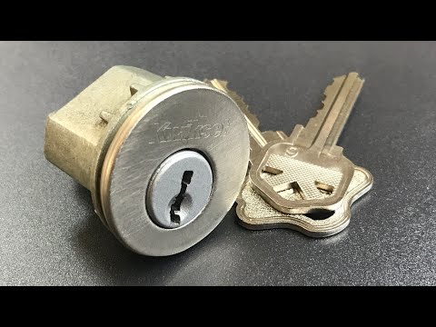 210 Huge Abus 83 80 Rock Padlock Picked And Gutted Doovi