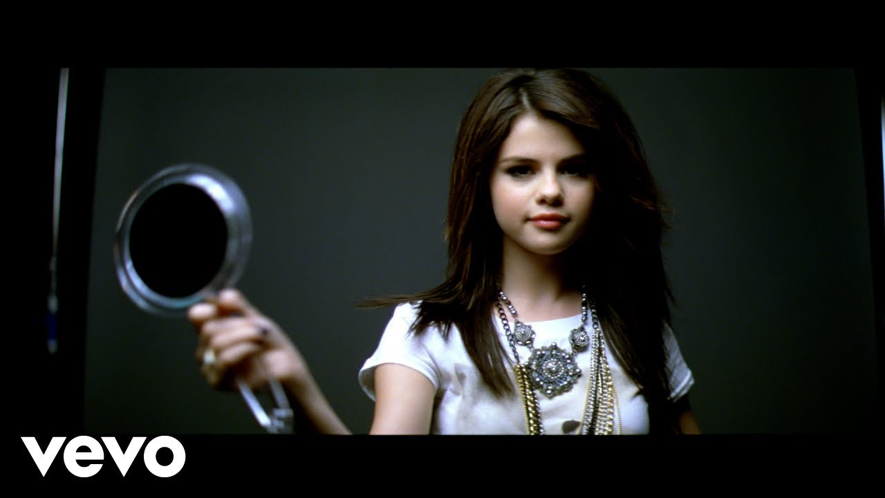 Selena Gomez The Scene Falling Down Youtube