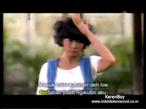 iksan Menghapus Bedakmu Parodi lagu Peterpan   Menghapus Jejakmu by The Hits Trans TV   YouTube