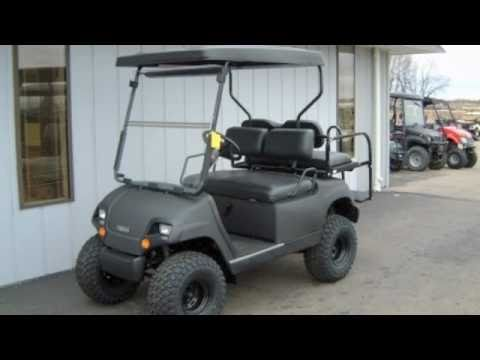 Yamaha Gas G16 Black Street Ready Golf Cart