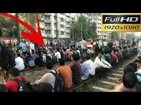 Live Video Mumbai local trains affected by students - Rail Roko Andolan - Piyush Goyal