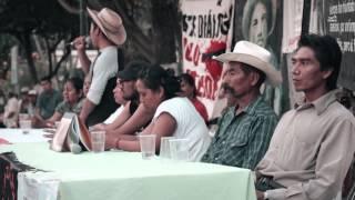 Madres de normalistas desaparecidos de Ayotzinapa visitan Zacualpan