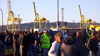 Trieste: lo sciopero dei portuali per l'obbligo di Green Pass