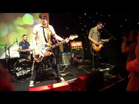 We Are The Physics - All My Friends Are JPEGs (Live @ Edinburgh Voodoo Rooms)