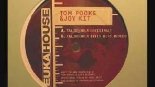 Tom Pooks & Joy Kitikonti - Talibujoua