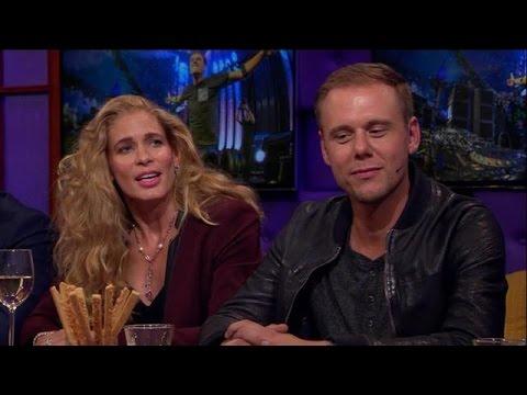 Armin van Buuren stond voor een lastige keus - RTL LATE NIGHT