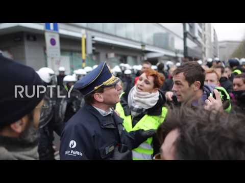 Belgium: 'Yellow vest' protesters clash with police in Brussels