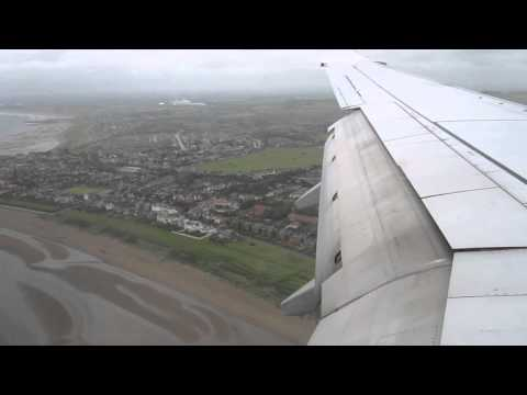 Ryanair flight FR692 Landing at Prestwick Airport.