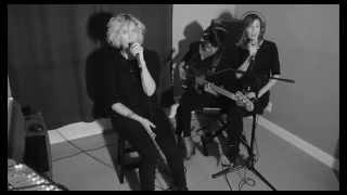 Jocelyn Alice- Little Devil (Live)