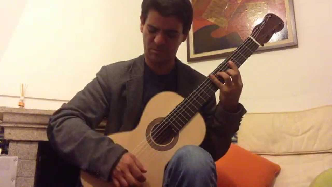 Romantic guitar from guitarras luthier madrid youtube for Luthier madrid