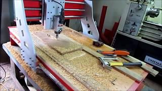 Repeat youtube video Usinando Relevos - CNC Router Metallab