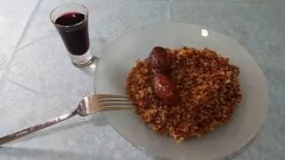 Жарим домашнюю колбасу