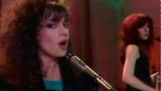 The Bangles-Walk Like An Egyptian